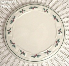 """Longaberger Pottery TRADITIONS HOLLY BERRY CHRISTMAS Trivet 8-1/2"""" Made USA - $18.00"""