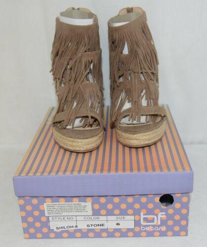 BF Betani Shiloh 8 Stone Fringe Wedge Heel Sandals Size 6