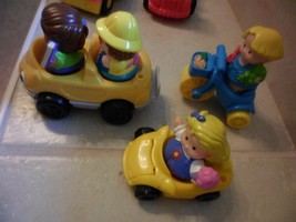 7 FISHER PRICE 4 LITTLE PEOPLE +3 VEHICLES 2 CARS,TRICYCLE  - $7.35