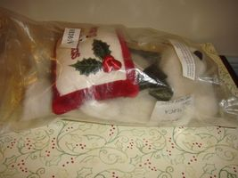 Boyds Bears Gladys Tidings With Beary Christmas Pillow image 5
