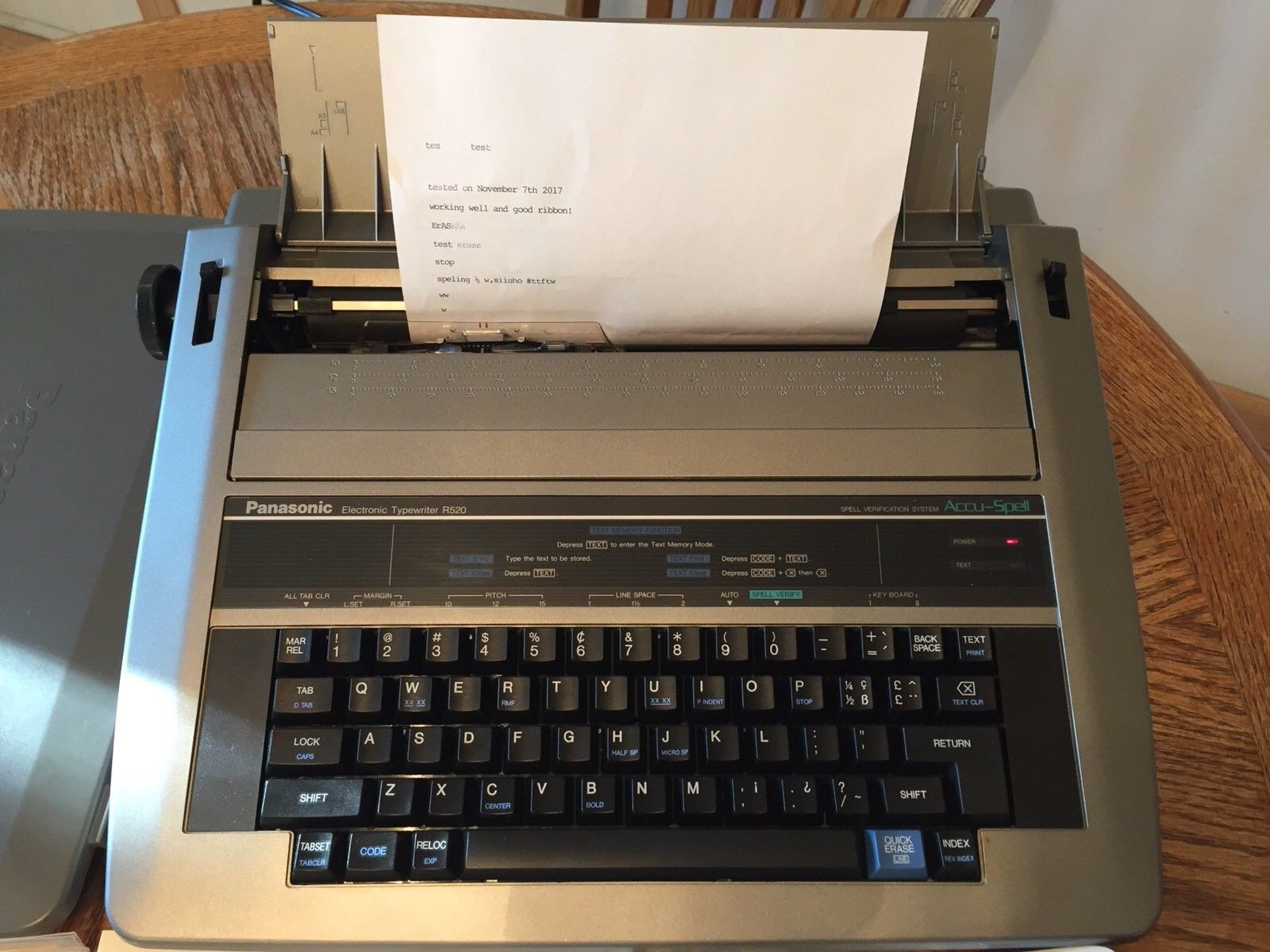 SMITH CORONA XL-2000 ELECTRONIC//ELECTRIC TYPEWRITER *LIFT OFF//CORRECTION TAPE*