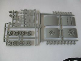 Highliners Stock #2003 F2/F3 B Unit with Screens and all Parts HO Scale image 4