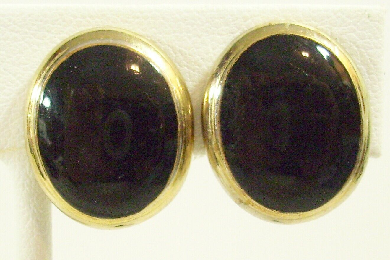 Primary image for Oval Jet Black Cab Gold Plate Clip Classic Earrings Vintage Estate Career