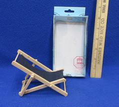 Miniature Dollhouse Wood & Cloth Folding Deck Beach Chair Town Square  - $12.22