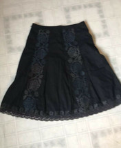 Ann taylor LOFT A line Inverted pleat Embroidered Lined Skirt Size 8 - $18.51