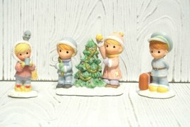 Precious Moments Hawthorne Village Accessory Trimming The Tree 91228 All Aboard - $98.95