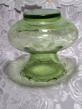 Collectible Vintage Depression ANCHOR HOCKING Glass Forest Green Ruffle Vase image 3