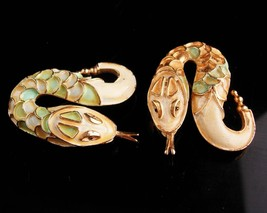 Exotic pair  Snake brooch - serpent duettes - Vintage enamel  Figural Cl... - $110.00
