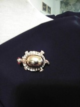 VINTAGE GOLDEN PIN BROOCH TURTLE GOLDEN BODY W/ RHINESTONE ACCENTS - $30.00
