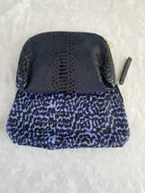 Elegant and Classy Set of 2 Hand Bag/POUCH/PURSE Estee Lauder ziplock - $2.96