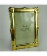 "Shiny Brass 4""x6"" Picture Frame Scalloped Edge Tabletop Landscape Portra... - $16.82"