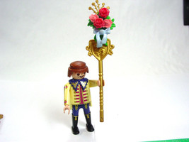 Playmobil Footman Wedding Carriage Driver figure staff flowers roses bow... - $9.17