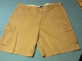 Mens Size 38 Izod shorts khaki cargo flat front  Inseam 9 inches - $21.79