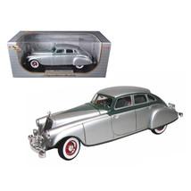 1933 Pierce Arrow Silver 1/18 Diecast Model Car by Signature Models 18136s - $91.40