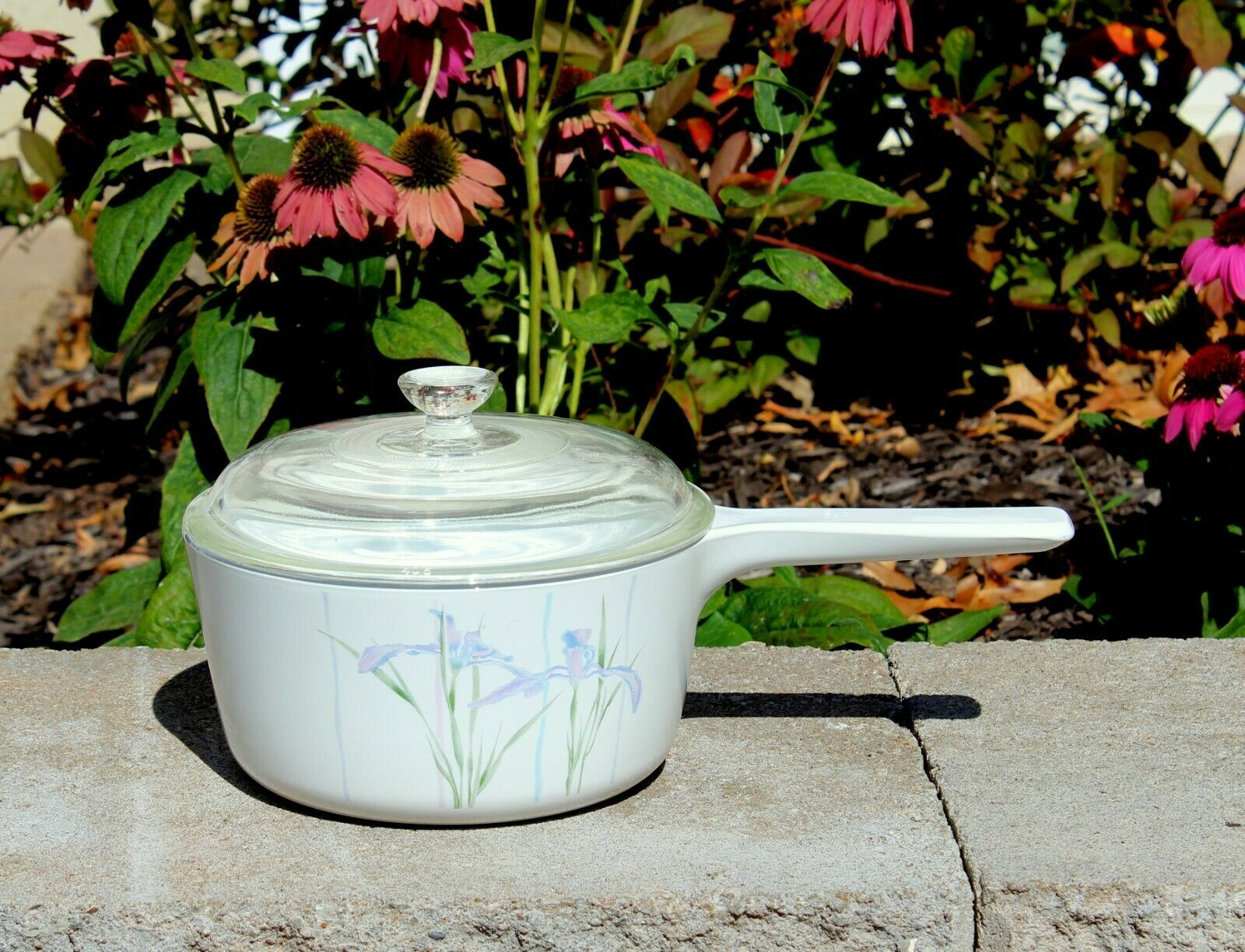 Primary image for Vintage Corning Shadow Iris Menuette Saucepan and Lid No. S-1.5-B -1.5 L/1.5 Qt