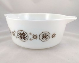 Pyrex 475-B Town and Country Brown 2½ qt Casserole Serving Bowl Dutch Hex - $21.95