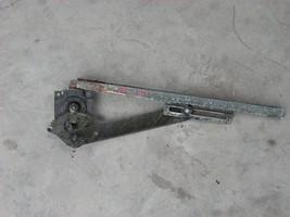 1969 1970 1971 1972 MERCEDES 220 250 280 LEFT REAR MANUAL DOOR REGULATOR OEM image 2