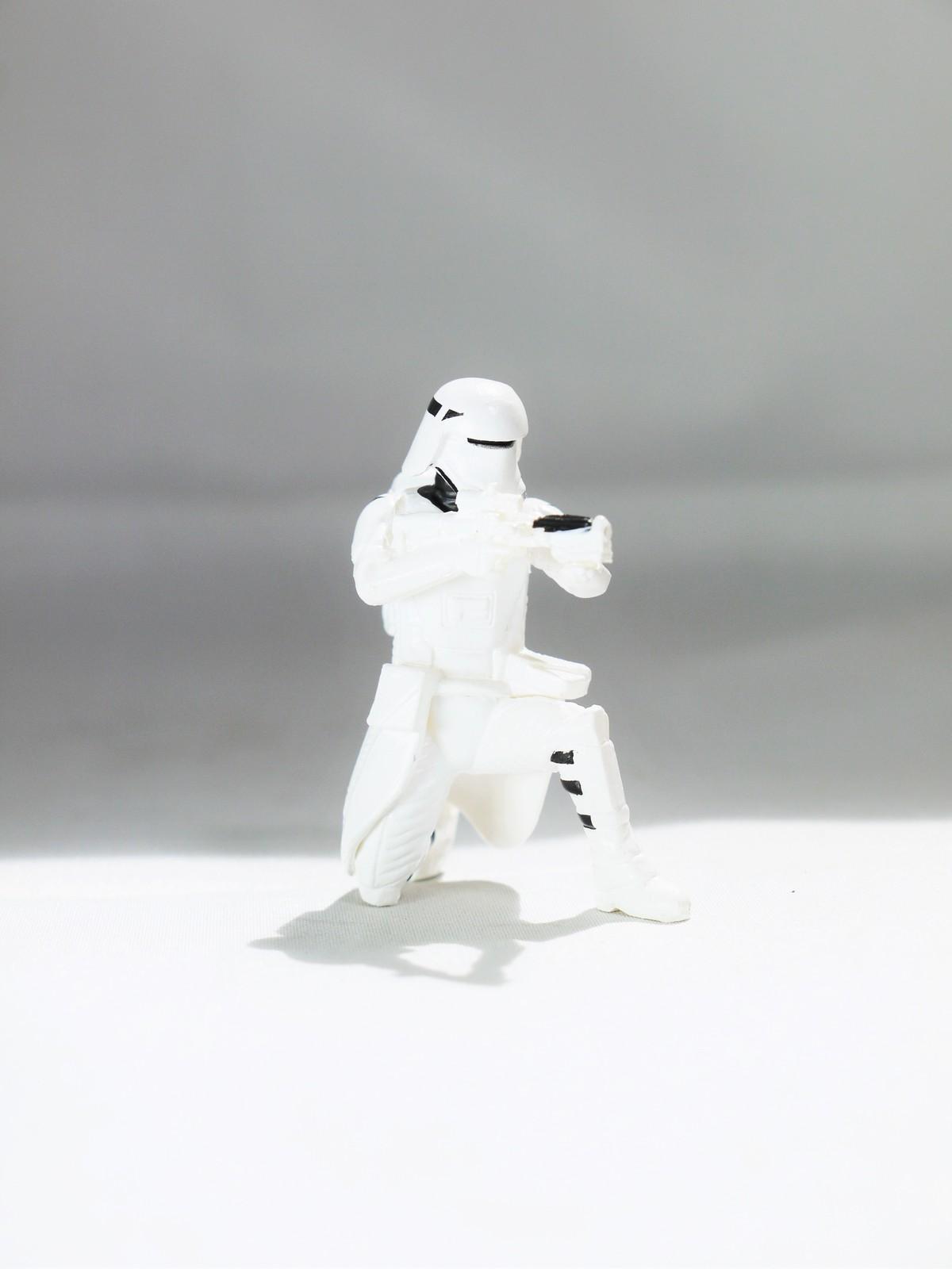 Arts_star_wars_char_gacha_galaxy_desktop_first_order_p2_-_snowtrooper_-_01