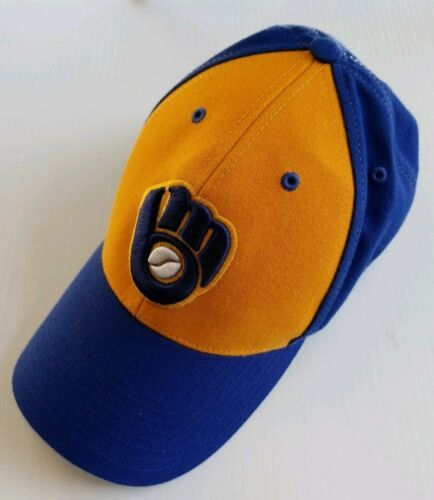 Milwaukee Brewers MLB Cooperstown Collection 1982 Twins The Closer Fitted Hat S