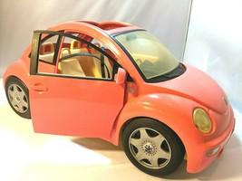 Vintage Barbie VW Volkswagen Beetle Bug Pink Car 2000 Mattel 2 Keys EUC  - $39.59