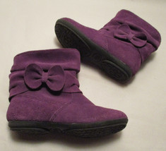 Circo Toddler Girls 9M Geniune Suede Purple Slouch Boots w/ Bow VGUC - $302,52 MXN