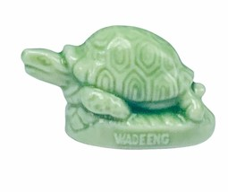 Wade Figurine England whimsies whimsy Red Rose tea jade green turtle tor... - $16.40