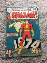 Shazam! #11 Original Captain Marvel 1974 DC Comics - $18.53