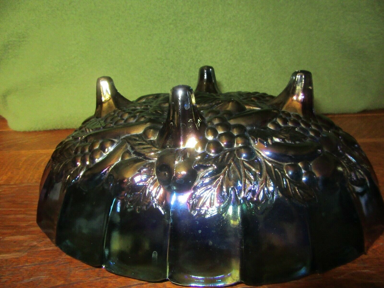 Vintage Iridescent Blue Carnival Glass 4 Footed Center Piece Fruit Bowl-Grape image 6