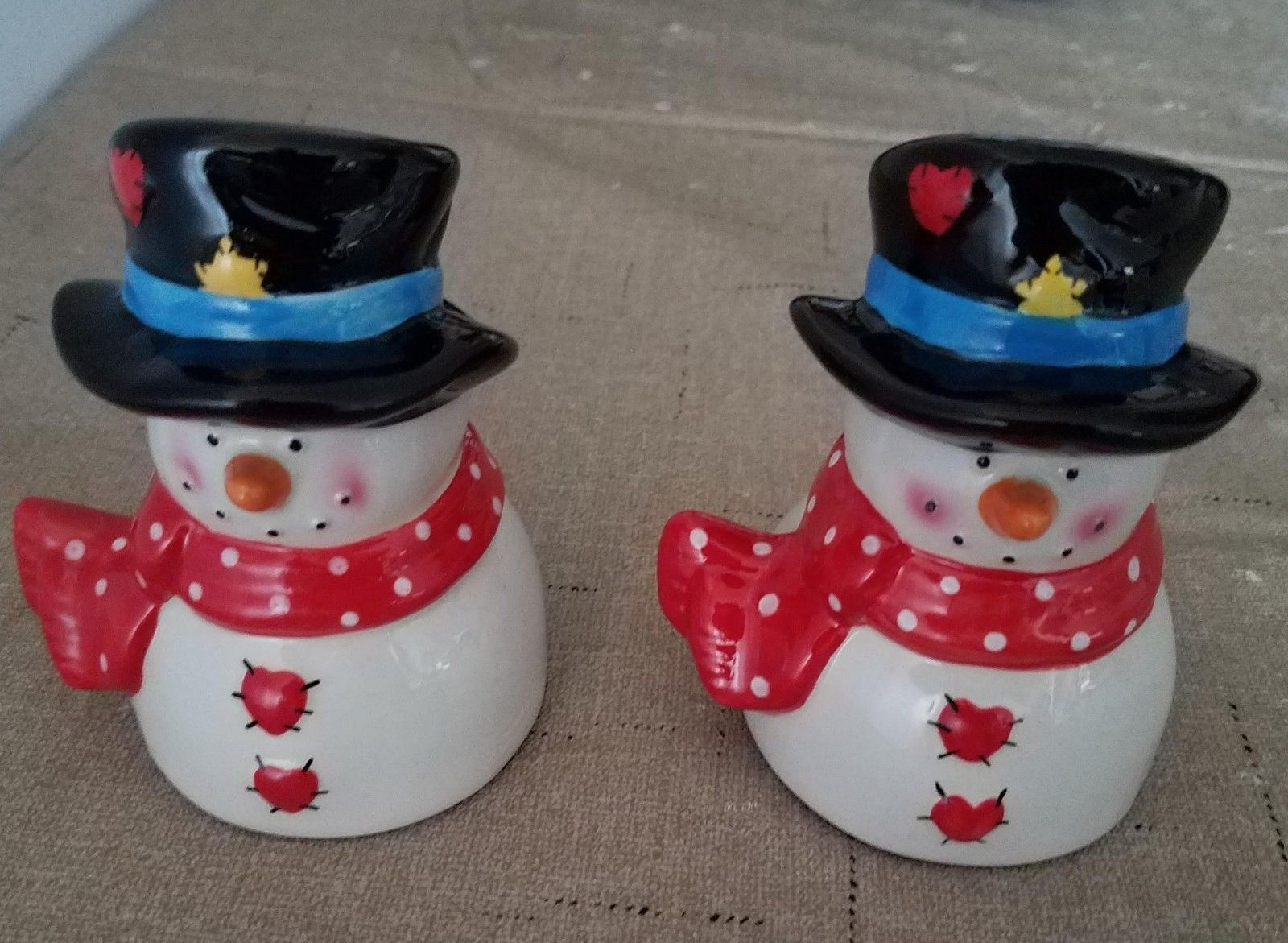 Primary image for Collectible Vintage Christmas Holiday Snowman Ceramic Salt & Pepper Shakers