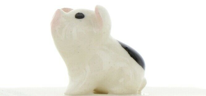 Hagen Renaker Miniature Pig Black and White Baby Piglet Sitting Ceramic Figurine