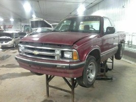 1997 Chevy S10 Pickup Rear Axle Assembly 4.10 Ratio Open - $371.25