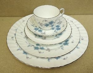 Aynsley Bone China Place Setting Set of 4 Delphine with Silver Trim