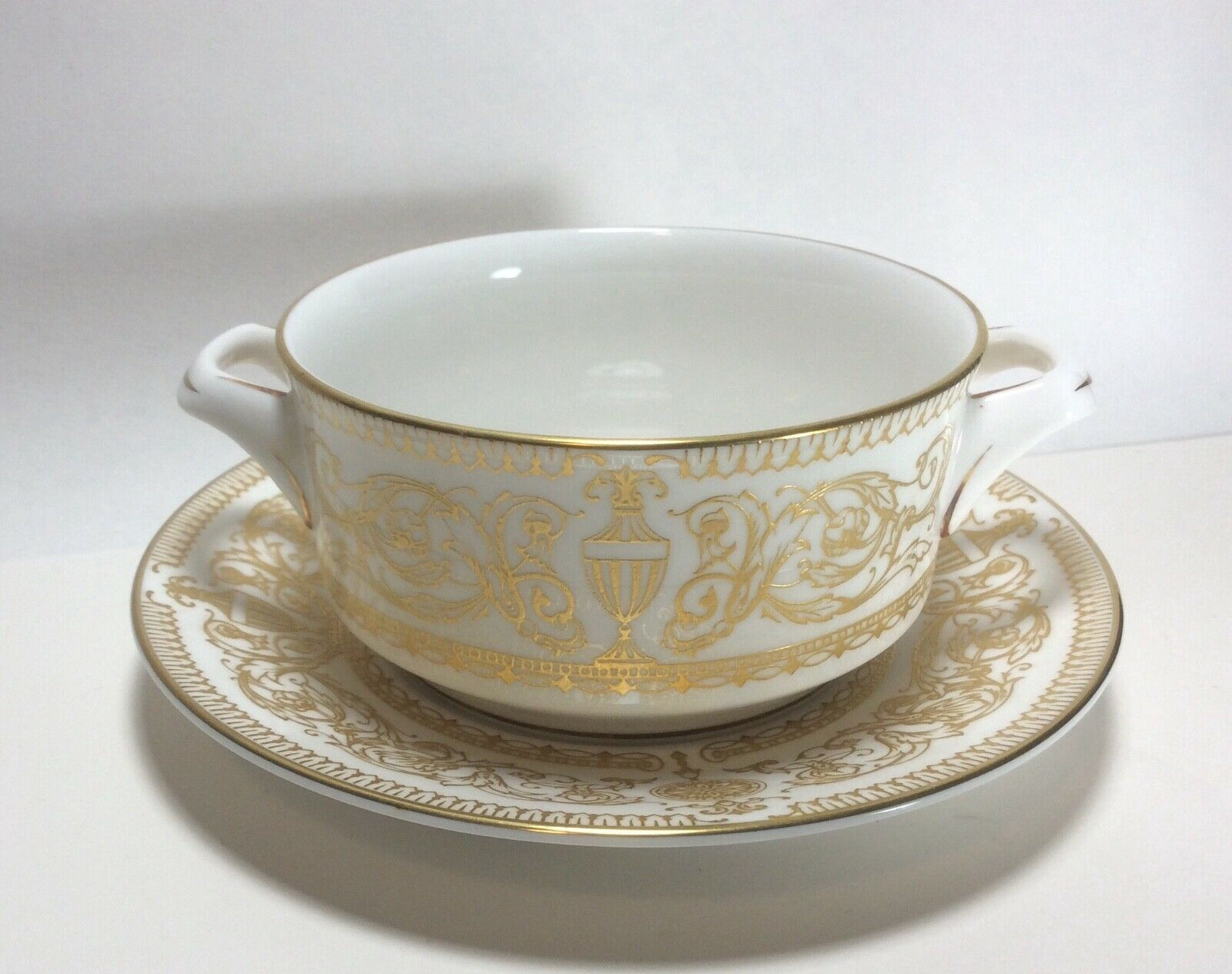 Royal Worcester Hyde Park Cream Soup Bowl Cup & Saucer Set s