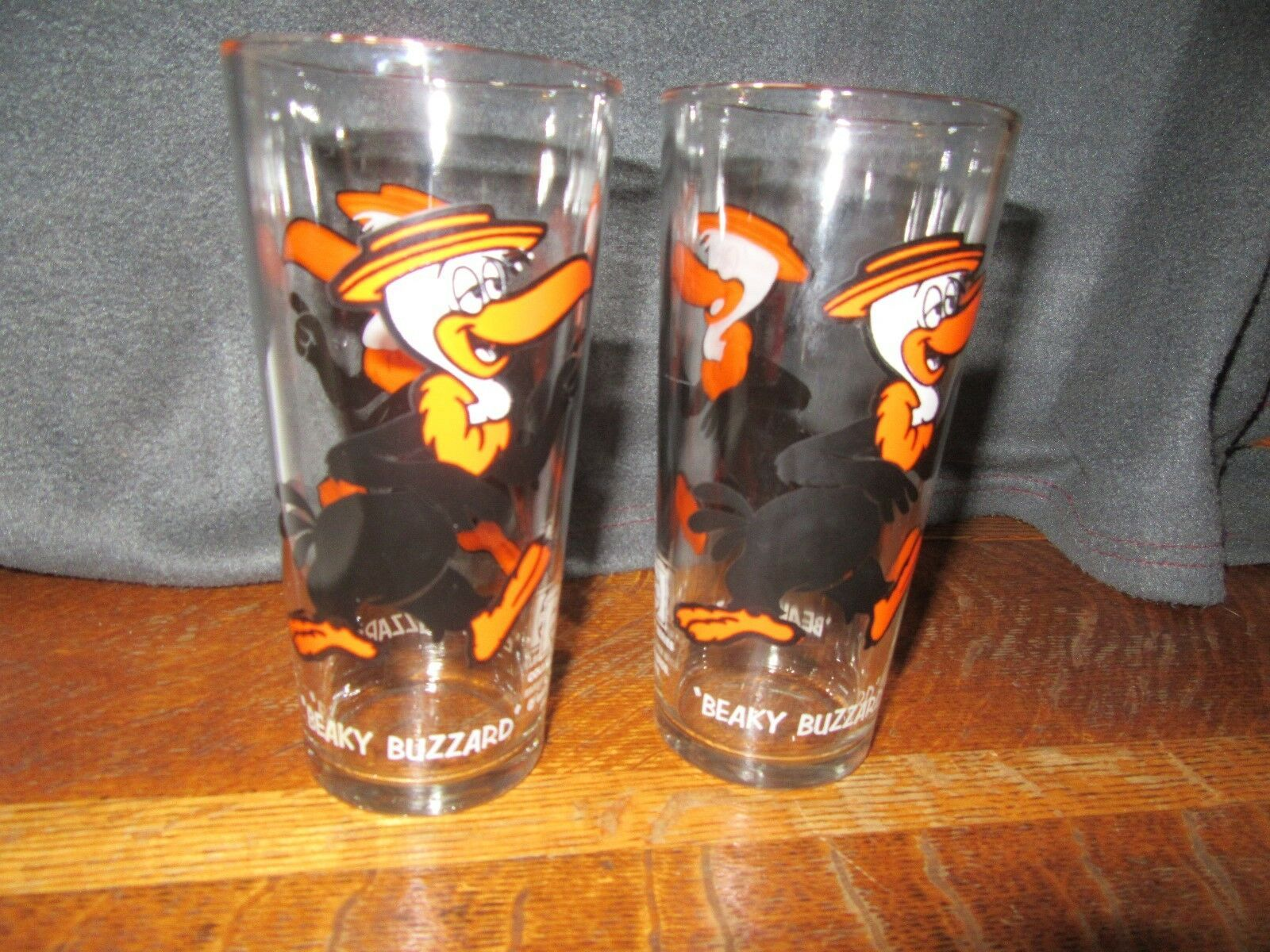 "2 1973 Warner Bros. Pepsi Collector Series ""BEAKY BUZZARD"" Glasses VNC"