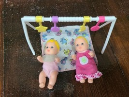 Barbie Skipper Babysitters Tummy Time Playset with Twin Baby Girls - $19.34