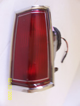 1989 1988 LINCOLN TOWNCAR RIGHT TAILLIGHT USED OEM ORIGINAL FORD PART NU... - $311.85