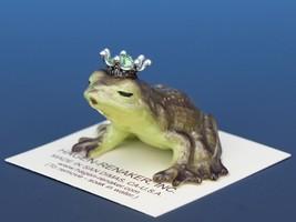 Birthstone Frog Prince Kissing August Peridot Miniatures by Hagen-Renaker image 1