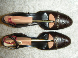GUCCI CHOCOLATE 3.5 INCH HEEL WITH GOLD GUCCI ON FRONT WORN TWICE $650  WOW - $233.99