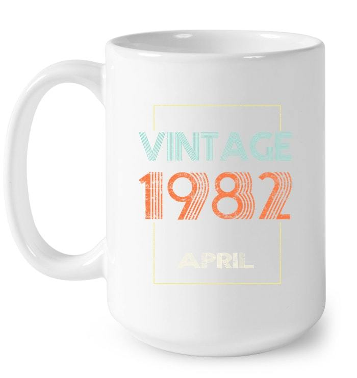 Vintage Legends Born In APRIL 1982 Aged 36 Years Old Awesome Gift Coffee Mug