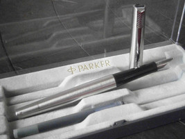 PARKER 15 Steel Fountain pen Original in gift box - $27.00