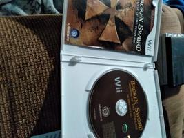 Nintendo Wii  Broken Sword: Shadow Of The Templars image 2
