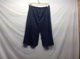 Ladies Vintage Black Lace Flower Pattern Slip