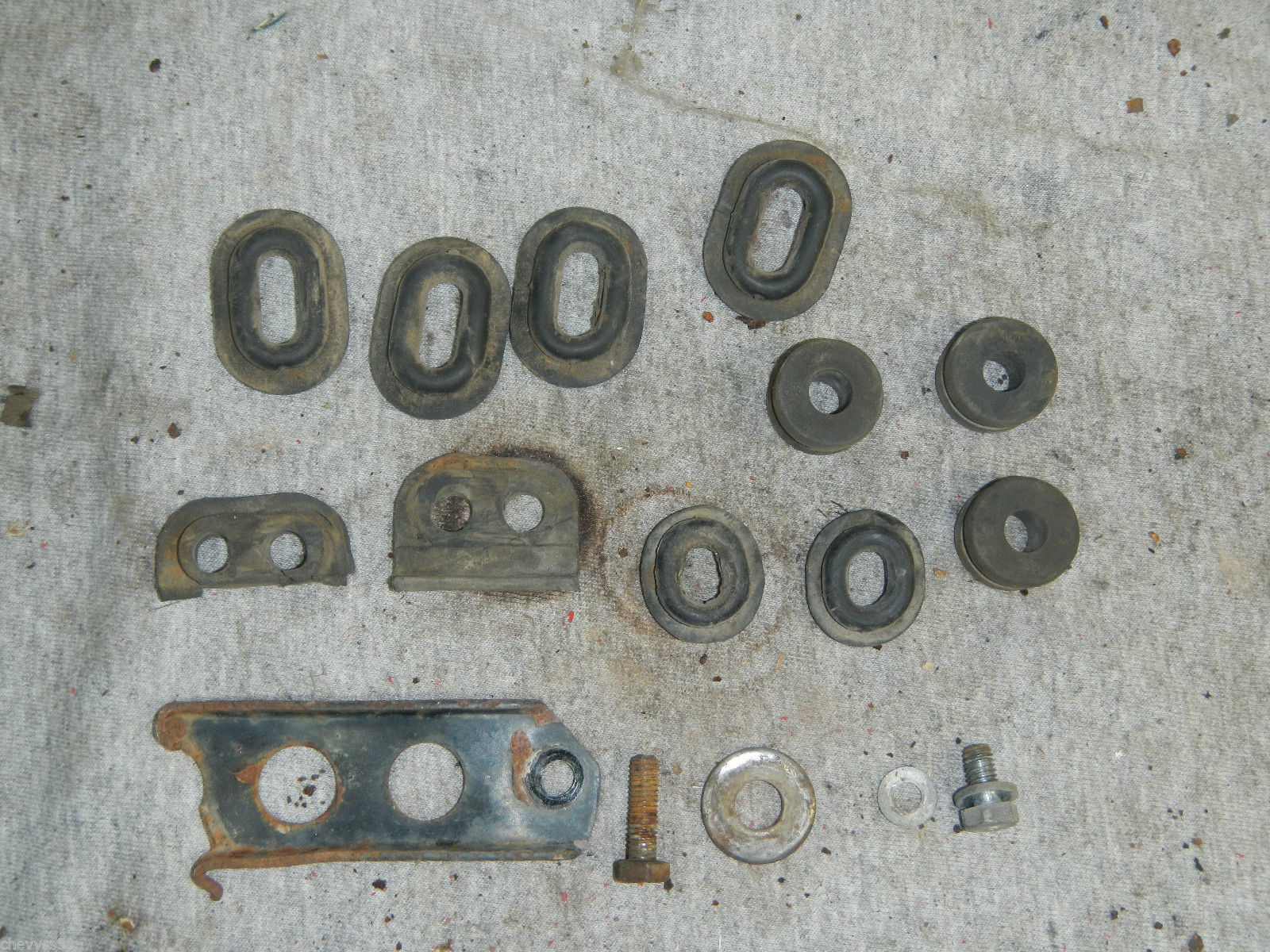 RUBBER PARTS LOT 1978 78 HONDA XL125 XL 125 - $12.92