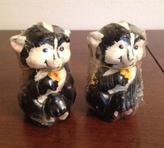"Vintage Pair Of Skunk Figure  Candles 3 3/8"" Tall Great Gift - €7,90 EUR"