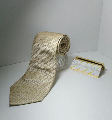 GEOFFREY BEENE LONG Mens tie 100 percent silk handmade Geometric Cappucino EUC