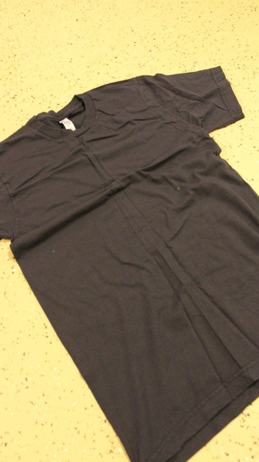 american apparel navy t-shirt
