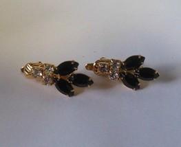 Vintage Trifari Gold-tone Black Onyx faceted Rhinestone Clip Earrings - $21.29