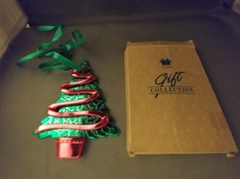 AVON Gift Collection Reflections of Christmas Ornament - Christmas Tree   - $5.00