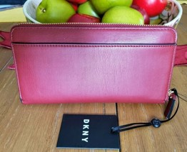 DKNY TILLY Scarlet Red WALLET Zip-Around Clutch Signature Logo NWT image 2