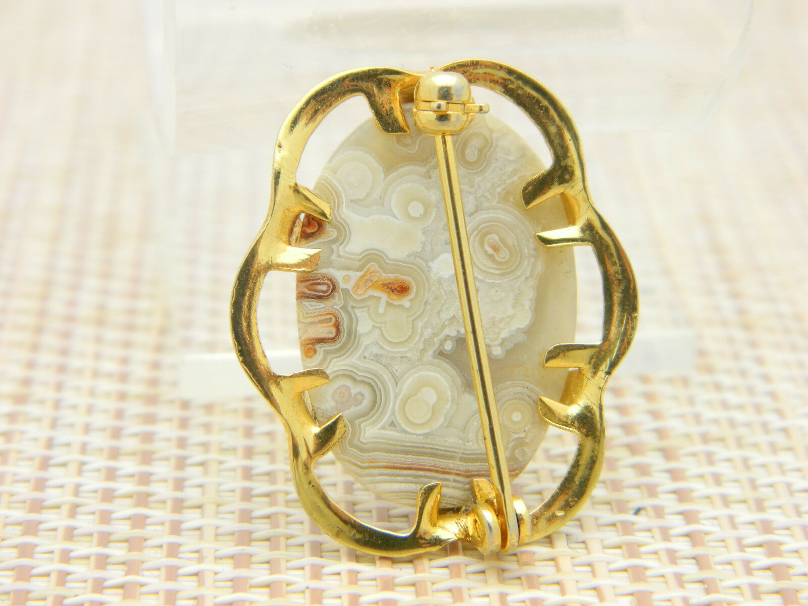 Gray Tan White Orange Agate Oval Gold Tone Pin Brooch Vintage image 4